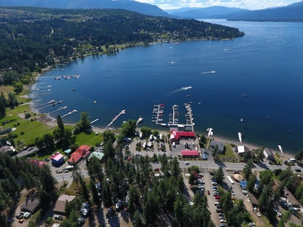Finz Resort Shuswap Lake